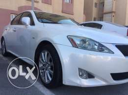 Mint condition,Lexus with low mileage, it comes with nice number plate too..