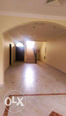 Unfurnished [ 4-Bedroom] Standalone Villa in Abu Hamour أبو هامور -  1