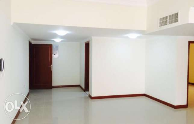 2 bhk unfurnished flat in Doha for bachellors قلب الدوحة -  1