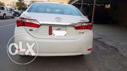 Toyota corola 2015 it's 2.0 cc . under warranty and all services in co