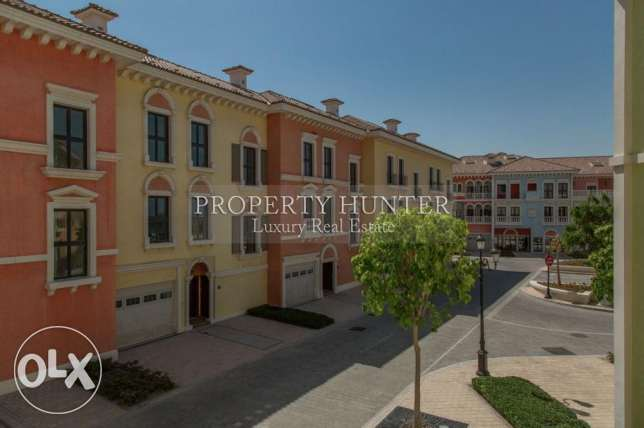 Relaxing 3 Bed Town Home in QQ