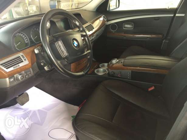 BMW very good car for sale المطار القديم -  6