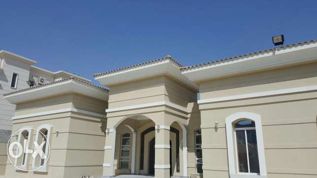 Beautiful 4 bed stand alone Villa for rent in Ain khaled