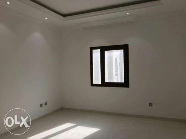 Spacious 1bhk & Studio available Al thumama