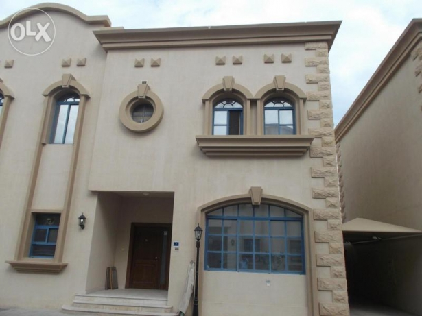 Three Bedrooms Compound Villa For Rent In Al Mamoura
