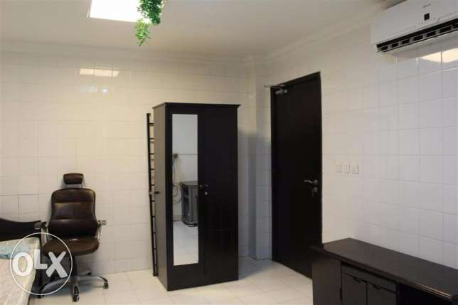 Studio Room For Rent For Executive Bachelors in Al-Duhail- 2,700 QR الثمامة -  1