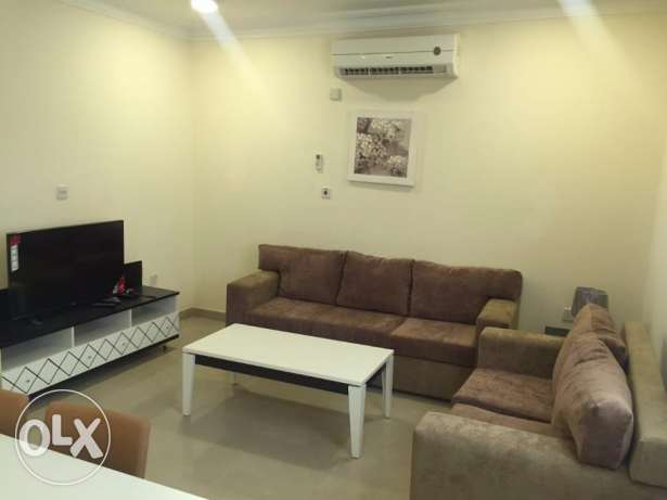Occupy Now!! Doha Jadeeda Luxury 02bhk FF Flat Near Appolo Clinic الدوحة الجديدة -  1