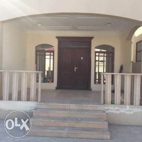 Staff villa for rent in ain khaled 6 room