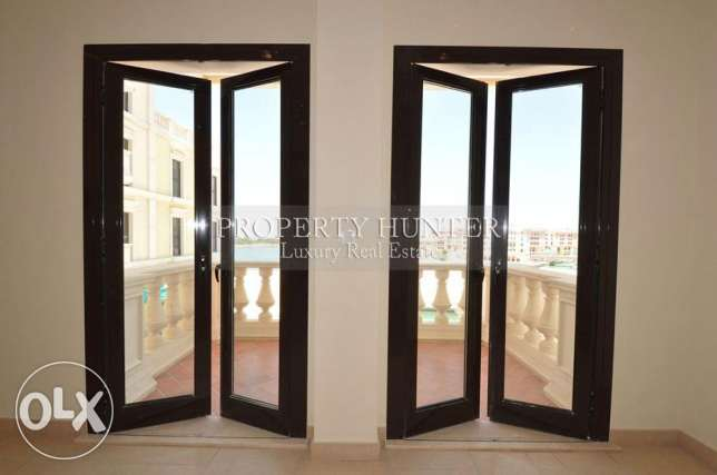 3 Bedrooms apartment with both sea & canal views الؤلؤة -قطر -  7
