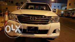 Toyota hilux 2014 lowest price with lowest millage