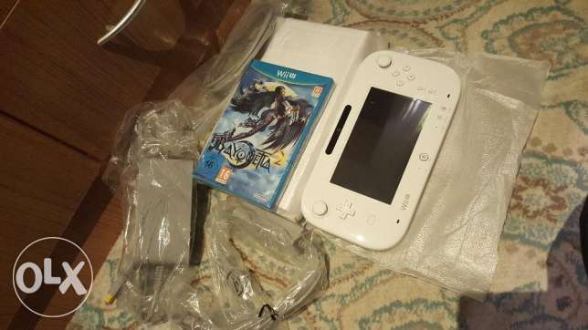 Ninetendo wii u 1tb white colour