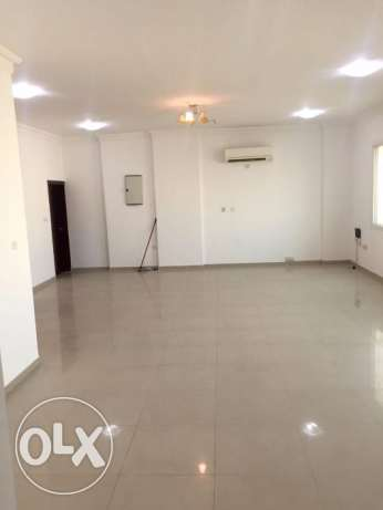 QR.10500/- Only! Muntazah : Spacious 4 bhk SF flat