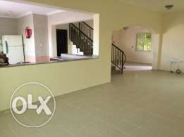 3 bed room U/F compound villa in garaffa