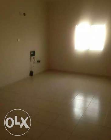 2 bedrooms big spacious flat in old airport