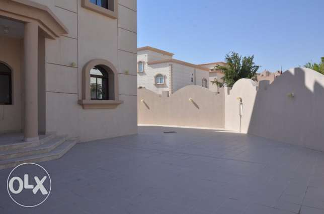 Excellent villa for families and ladies staff in Ainkhalid