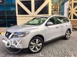 2015 Grey NISSAN PATHFINDER perfect condition - 110,000 QAR