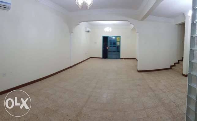 Villa In Compound in Hilal 4 bedrooms
