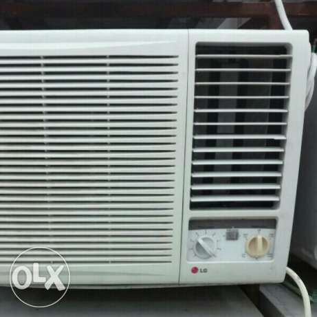 Use same new a/c for sale,,& all damage a/c buy,