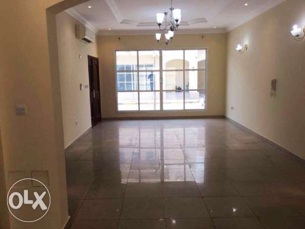 Unfurnished , [3+1] Bedroom Compound villa in Muaither معيذر -  2