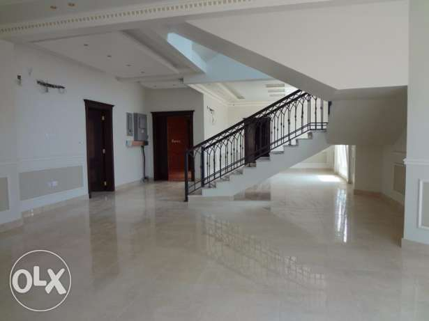 super deluxe villa for rent in Umm Alamad