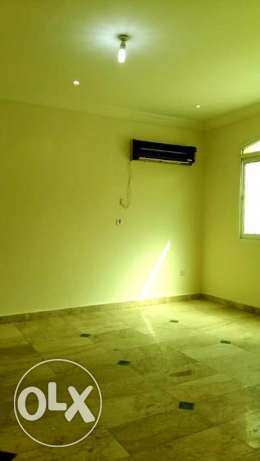 for executive bachelor- unfurnished 4bhk villa at Ain Khalid