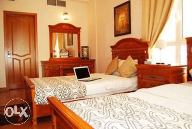 luxurious one bed room apartment for sharing with Arabic person