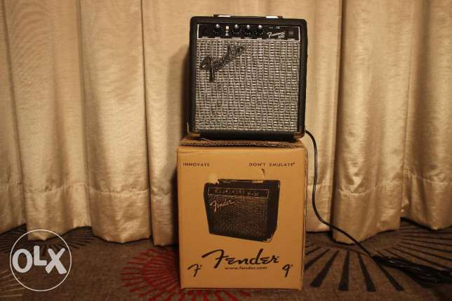 Fender Frontman Electric Guitar Amplifier. Brand New! Very practical!