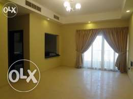 Unfurnished 2-BR Apartment in Bin Mahmoud/Gymanisium/Balcony