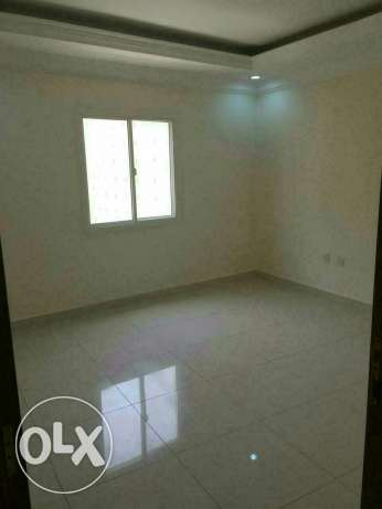 Semi furniced 3B/R flat in al sad فريج بن محمود -  3