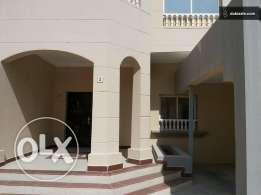 Semi Furnished 6-BR villa in AL Kheesa /pool / 2 FREE months Rent