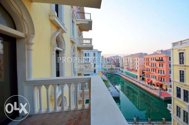 Captivating Sea & Canal view 3 Bed Home