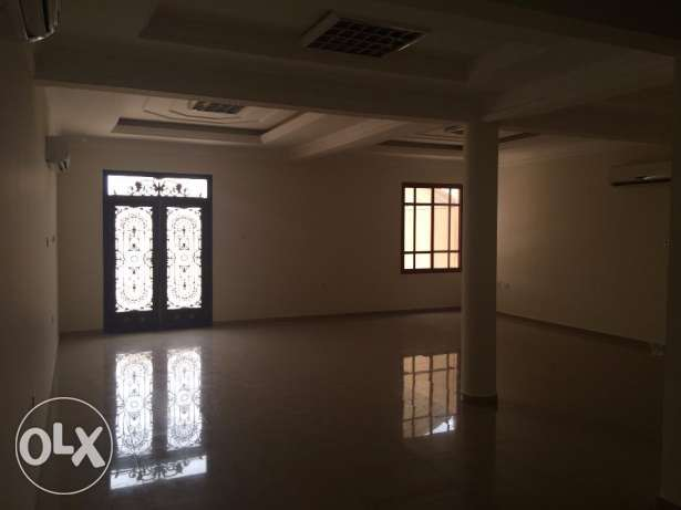 villa free standing For Rent in al-Thumama 6Bedrooms with A/C