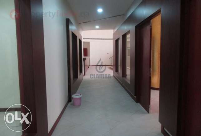 Call Right now!!Huge semi commercial villa perfect for you at AbuHamur