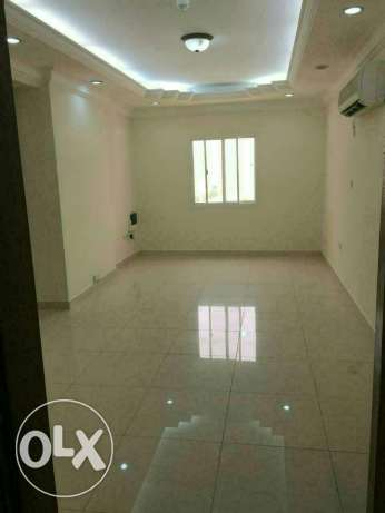 Unfurnished 3B/R flat in al sadd السد -  1