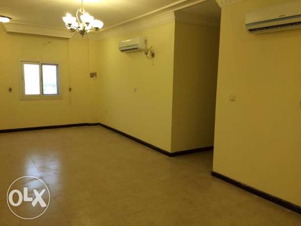 Very big Luxury flat 3BR 7,500QR and 2BR 6,500 al mansoura area good المنصورة -  2