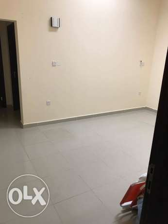 Flat and studio un Furnished in Abo hamour