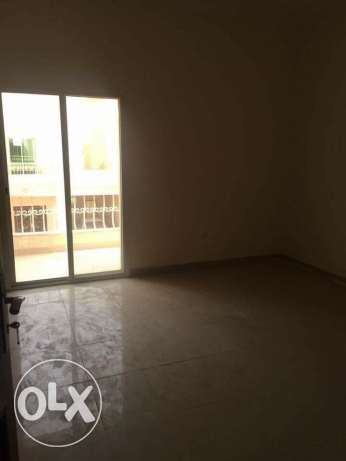 Semi Furnished 7-BR Villa in Ain Khaled-For Bachelors عين خالد -  4