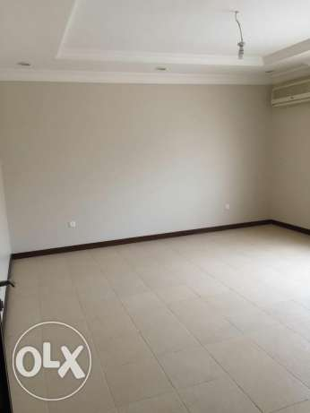6 bedroom villa in abuhamour for family