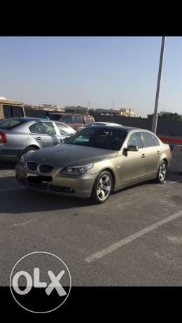 Bmw 525i in perfect condition 2007 mileagebye and drive it's a very cl