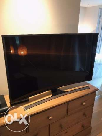 brand new curve tv with all accesories and bill