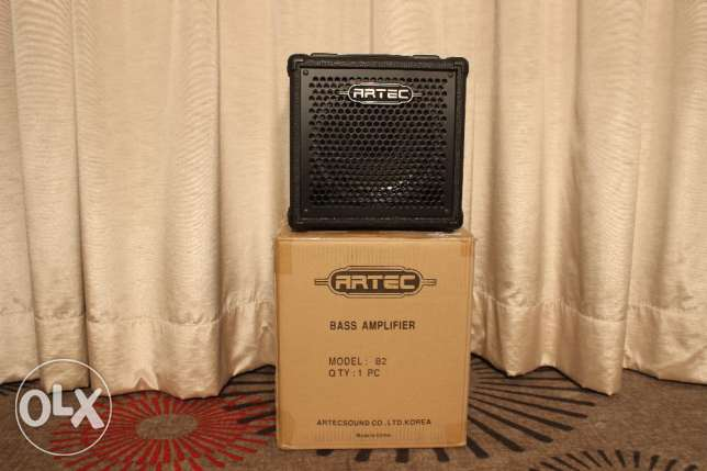 Bass Amp 20 Watts. Brand New in the Box