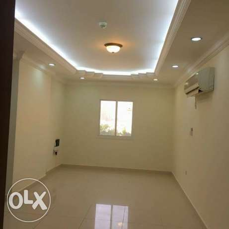 Unfurnished 3-Bedrooms Clean Apartment in AL Sadd - QAR.8000