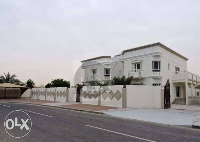 A fantastic opportunity to rent 5 Master-bedroom Independent Villa