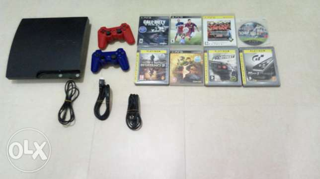 PS3+2 controllers+ 8 games