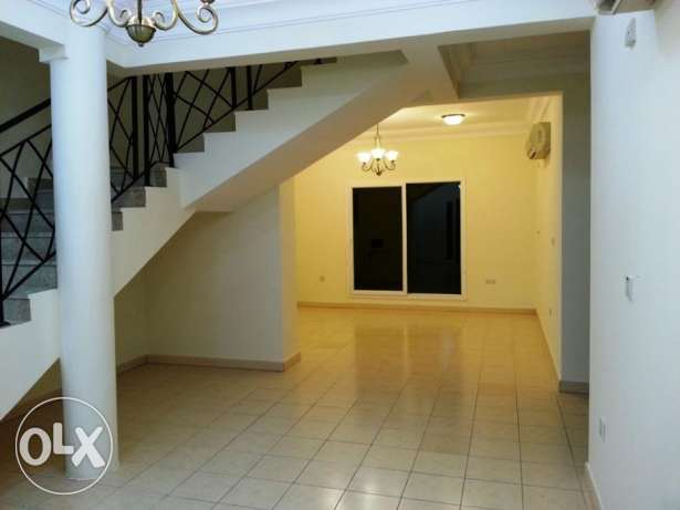 4 bed room stand alone villa in Old Airport