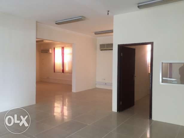 5 room office space for rent at Abu Hamour