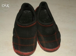 Smart and comfortable baby shoes in good condition