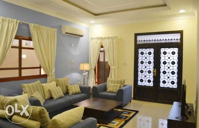 Spacious fully furnished 2 bedroom apartment over-looking Medina