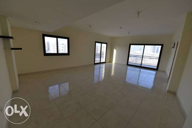 Huge unfurnished 3 bedroom/ in-suite with nice Balcony in Lusail city