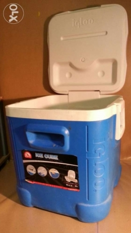 Igloo ice box 45 liter like new